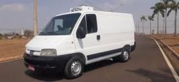 Van Refrigerada com frigo king - Motor novo