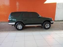 Toyota Hilux SW4 Revisada