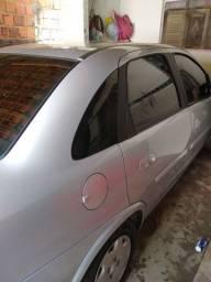 Vendo Corsa sedan premium 2012 , bem conservado bem novinho ,