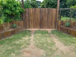 Portão de madeira Eucalípto