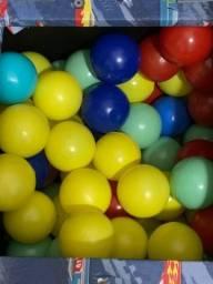 Bolinhas coloridas piscina infantil