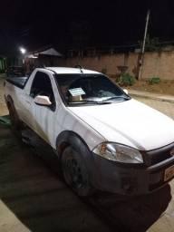 Carro Fiat estrada 2018