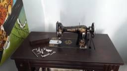 Máquina de costura Pfaff + kit de ferramentas original