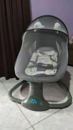 Cadeira de balanço automático seminova
