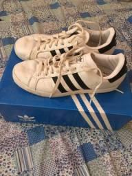 Tênis Adidas Original número 40
