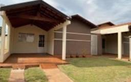 Casa condomínio Villa Navarras 1 com 02 quartos