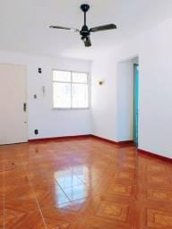 Apartamento com 2 quartos e garagem a venda em Coelho Neto