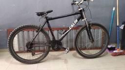 Título do anúncio: Bicicleta com macha  Caloi quadro em alumínio
