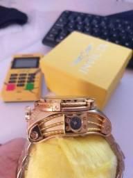 Relógio invicta de luxo