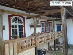 2031/Maravilhoso sitio de 13 ha com linda sede colonial antiga