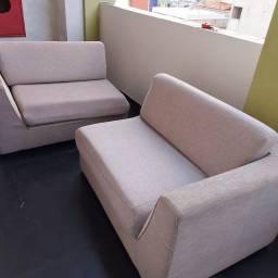 Móveis de sala: lindo sofá, rack e painel, todos em ótimo estado.