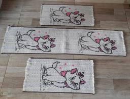 Vende-se Tapetes Estampados de Nylon