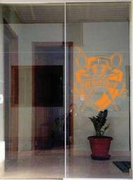 Porta de vidro 02 folhas  R$ 1.300.00