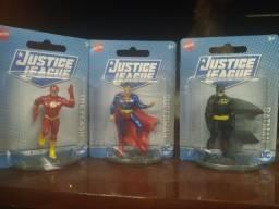 Vendo bonecos da DC