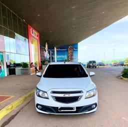 Vendo Onix LT 2013/2013  apenas 84 km