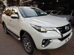 Toyota Hilux SW4 SRX 2.8 4x4 diesel 2019 - 2018