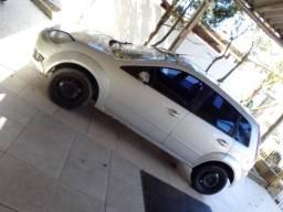 Fiesta 2007 hatch (básico) 1.0