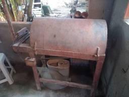 Máquina de desentortar ferro