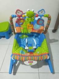 Cadeira de balanço e descanso fisher Price musical
