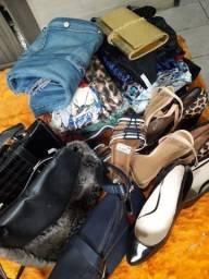 Roupas calçados de verão e inverno