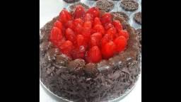 Vendo Confeitaria - Fábrica de tortas e bolos