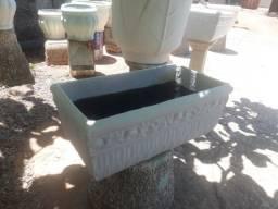 Jardineira Bordada - De Cimento - Diversas Cores