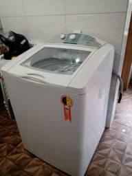 Vendo uma máquina de lavar roupa 13 kg para retirar peças 100 reais