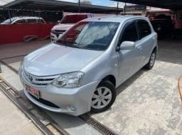 Toyota Etios XS 1.3 4P