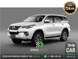 Toyota Hilux sw4 2.8 d-4d turbo diesel srx 7l 4x4 automático