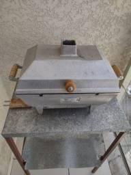 Churrasqueira de alumínio com mesa