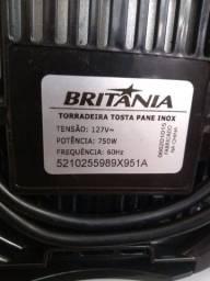 Torradeira elétrica Britânia 127 v