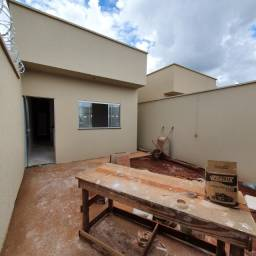 Casa no Orlando de Morais, 2 quartos sendo 1 suíte