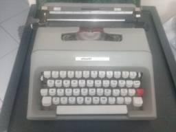 Máquina escrever Olivett relíquia