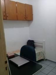 Aluguel de quarto individual na Polidoro