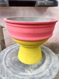 Vasos de cimento para suas plantas?