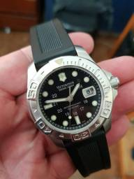 Victorinox Diver Master 500 Safira  impecável