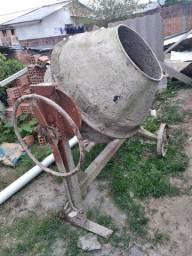 Bitoneira 400 litro  com motor 400 reais