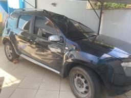 Renault Duster 1.6 preta