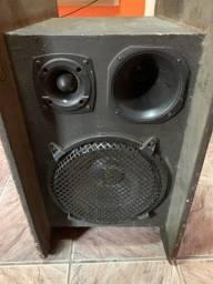Vendo uma caixa de de som com módulo valor 1.500