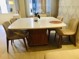 Mesa com tampo giratório e 06 Cadeiras