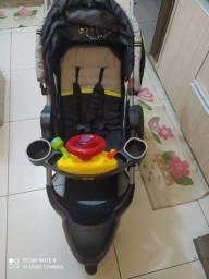 Carrinho de bebê Jeep importado