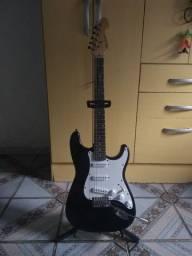 Guitarra Michael Stratocaster + Suporte para guitarra