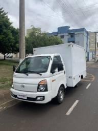 Invista  Caminhão baú