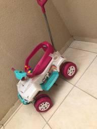 Carrinho de Passeio e Pedal Infantil com Empurrador
