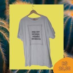 """Camisa """"Seja seu próprio padrão de beleza"""""""