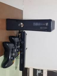 Microsoft Xbox 360 + Kinect Slim, Standard matte black