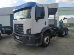 MB 24250 07/08. Chassis curto