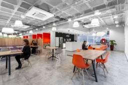 Escritório projetado para uma equipe em crescimento de até 10 pessoas