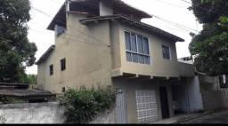 TRÊS casas a venda