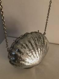 Bolsa concha prata paêtes alcinha de corrente